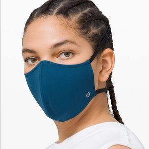 *NEW* Lululemon Face Mask